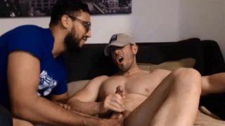 Lesbický popruh v porno